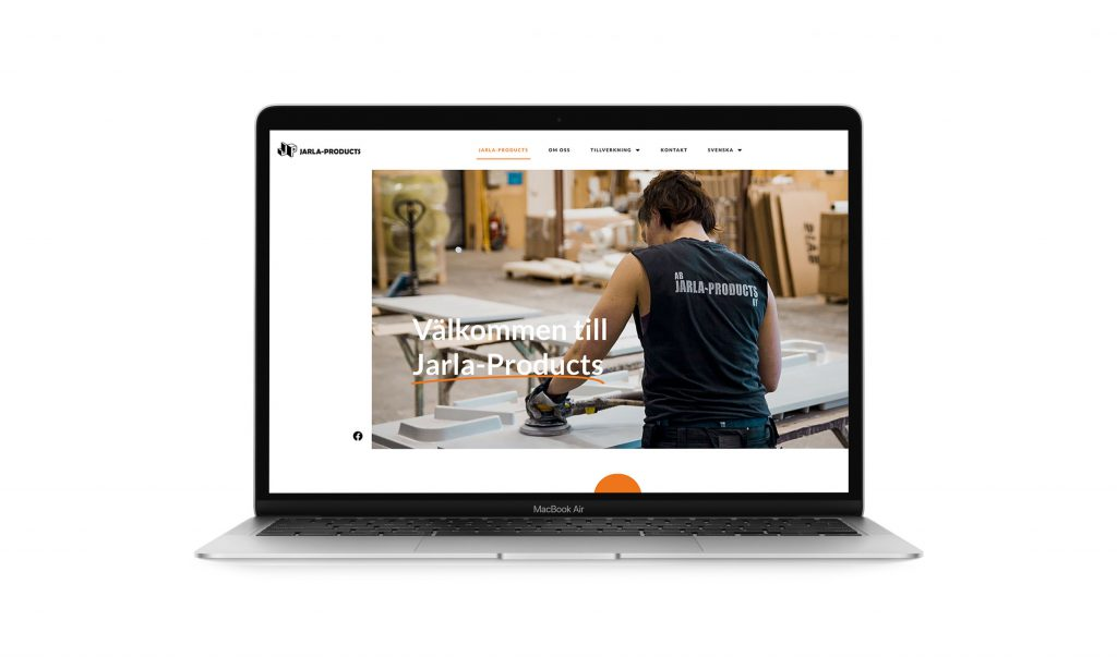 Laptop skärm med framsidan av Jarla-Products hemsida